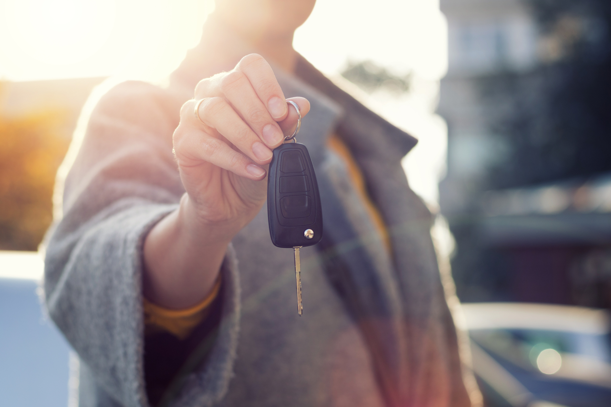 Weatherby Healthcare - locum tenens for nurse practitioners - image of nurse holding car key for test drive