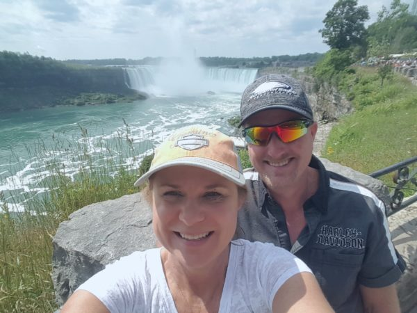 Weatherby Healthcare - National NP Week 2017 - image of nurse practitioner donna wolfe and husband visiting Niagara Fals