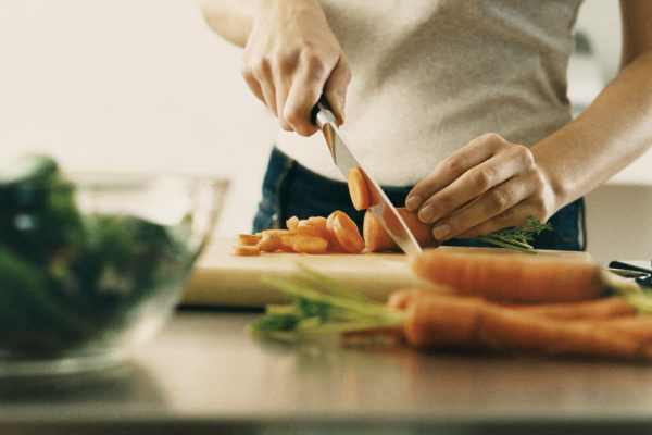 Weatherby Healthcare - new year resolutions for healthcare professionals - image of doctor preparing healthy meal
