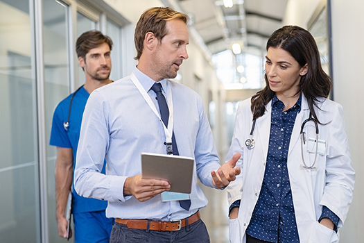 hospital administrator and locum tenens physician during a crisis