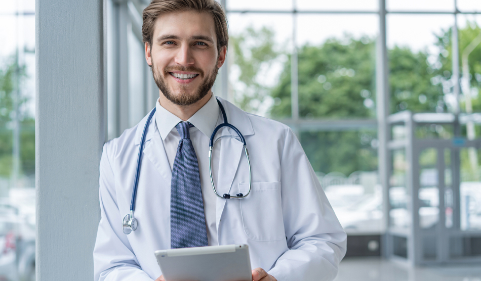 physician happy from choosing a locum tenens assignment